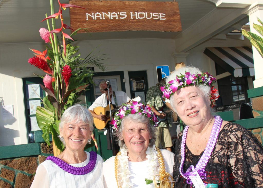 (L to R) Virginia Beck (Nana's House Advisory Council Member) and Nana's House Co-Founders Nancy Golden & Hana Montgomery